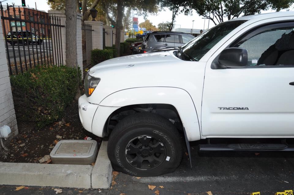 Officer draws suspects gunfire during shootout sacramento for Dept of motor vehicles sacramento ca